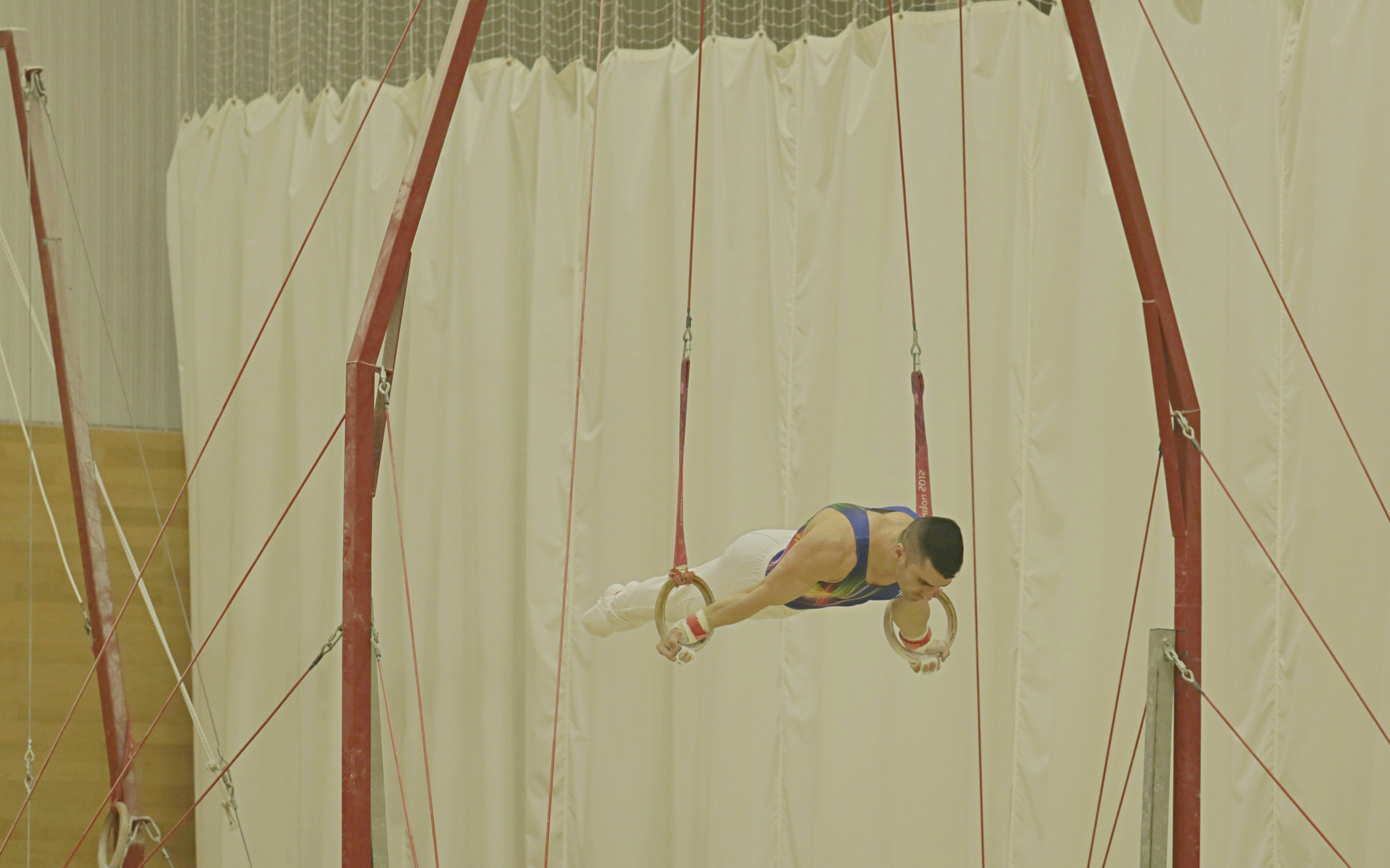 STK SPORT Dr Kolimechkov performing on Rings