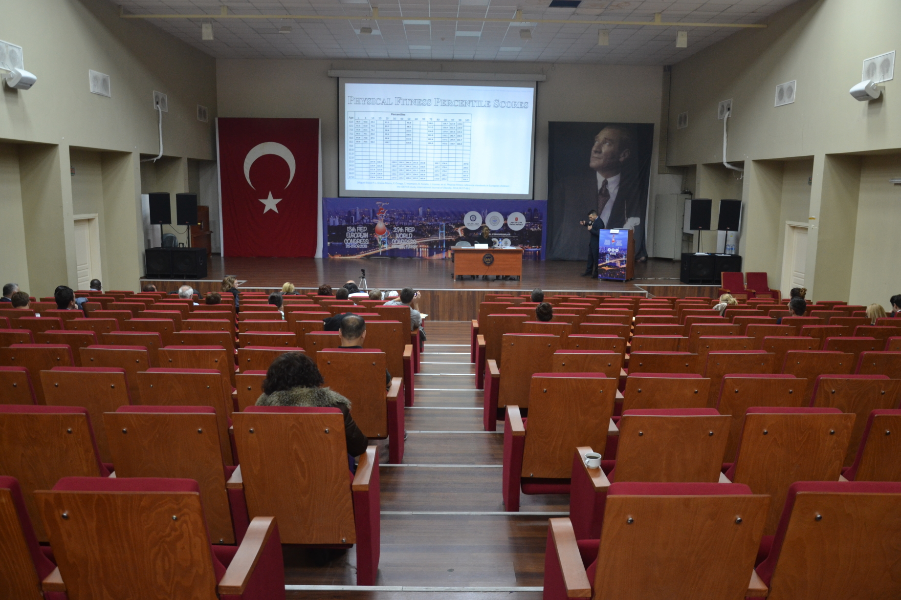 Dr Stefan Kolimechkov speaks at Marmara University in Istanbul